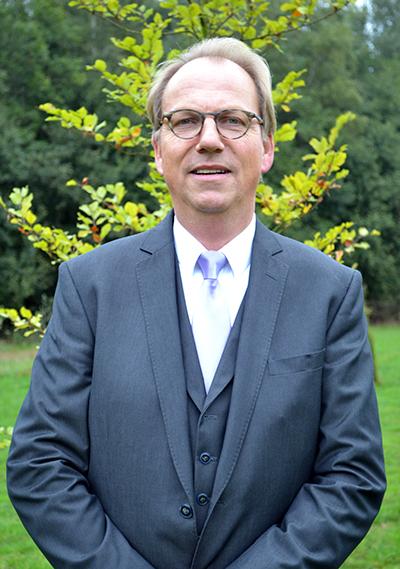Ronny Kolner Uitvaartbegeleider Absoute
